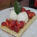 Paoletto Cafe Waffles Deli