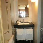 WC séparés par une cloison à droite