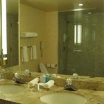Bathroom. there is a huge hot-tub&jacuzzi out in the room