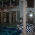 Отель внутренний двор
