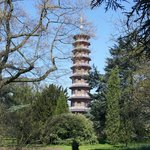 Some road side rooms you can see the Pagoda at Kew.