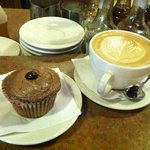 Mocha cupcake & latte