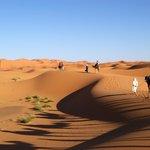 Escursione sulle dune con partenza dalla cittadina di Erfud