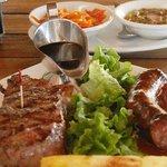 Restaurante BBQ Tres Hermanas Photo