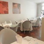 Piano terra del ristorante Cortaccia. Mantova centro. Laterale di corso Umberto I