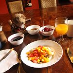 Owney and fresh, delicious breakfast at Ngare Sero