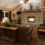 AmericInn Pequot Lakes Hotel - Lobby