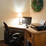 AmericInn Pequot Lakes Hotel - Business Center
