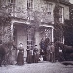 The Price family who built Plas Cadnant and laid out the gardens
