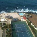 grounds/tennis court