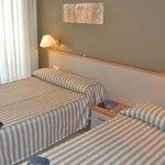 Habitación familiar (cama matrimonio e individual)