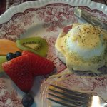 The eggs benedict are sooo goood!