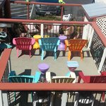 Fun deck & patio area's