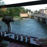 il fiume mincio visto dal ristorante