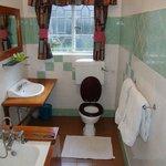 Sirona Hotel Suite Bathroom