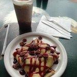 #70 crepe & Lost Hiker blended coffee