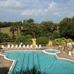 La piscine vue du 3° étage