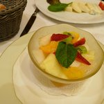 The appetizer: Salade de fruits