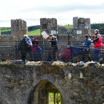 end of the blarney stone que