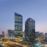 Exterior of Mandarin Oriental, Guangzhou