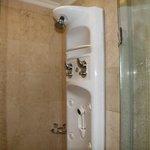Complex shower unit