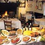 Ecco a voi i piatti della nostra tradizione! Da gustare davanti al grande camino