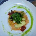 gnocchis poêlés crème tomate basilic seiches et crevettes