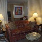 Living room of Queen Suite