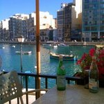 Late afternoon meal on Spinola Bay