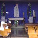 Detalhe da pintura da parede atrás do altar