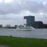 World Port Centre, Rotterdam, Países Bajos.