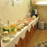 Hotel Concordia breakfast area