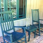 A great porch overlooking the Rogue River