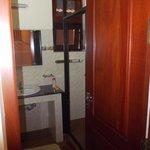 Door through to the en-suite shower room