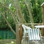 loggia bois face à la rivière