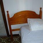 zugestelltes loses Bettteil