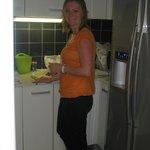Angelique maakt het ontbijt klaar ...