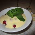 Raspeberries and strawberries with zabaglione cream
