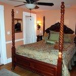 Room 12 / Stephanie's Hideaway