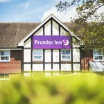 Photo de Premier Inn London Gatwick Airport East (Balcombe Road) Hotel