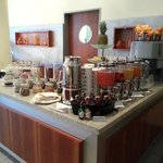 breakfast buffet 3- juices/ water, fruit, cereals, musli, crusli''s and jams