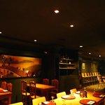 salón principal del restaurante, un lugar con mucho estilo