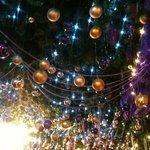 Hanging Gate Christmas Decs