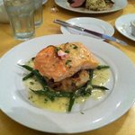salmon with potatoes and green beans