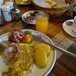 breakfast at manang