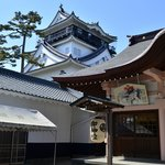 龍城神社から岡崎城