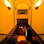 Eingangsbereich - Tonnengewölbe - Nacht