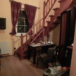 Лестница и окно