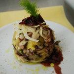 Polpo e patate al forno con cipolla di tropea agrodolce