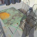 Table de la terrasse ....